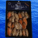Natural smoked mussels